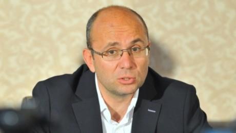 Cozmin Gușă: Românii slab pregătiți să nu vină la vot