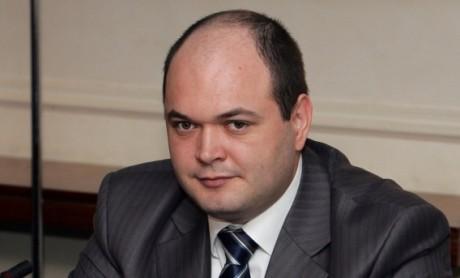 Consiliul Fiscal: O decizie de majorare a salariului minim trebuie luată doar după o analiză