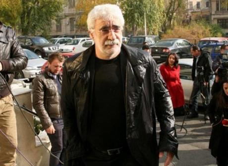 Adrian Sârbu, mesaj trist despre români: Doar în roluri de 'hoţi, ţigani, curve, corupţi'
