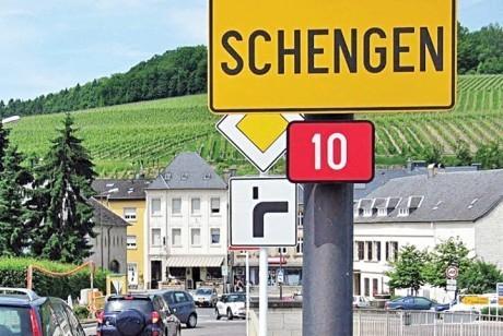 Slovacia vrea România în Schengen: 'AMÂNAREA are caracter politic'