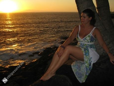 Fotografii INCENDIARE cu a doua soție a lui Dan Condrea: Frumoasa Uliana arată tot