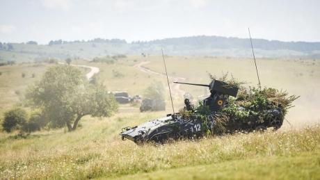 Va face România la fel? Primul mare stat din Europa care revine la serviciul militar obligatoriu