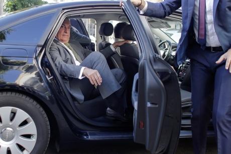 Călin Popescu Tăriceanu, vizită fulger la Guvern