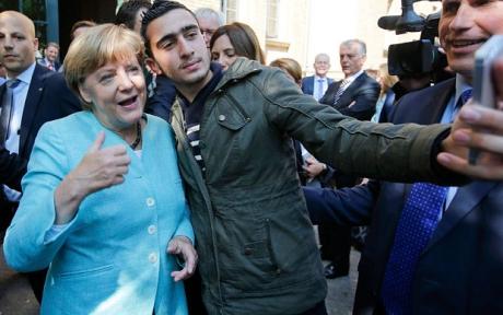 Sigmar Gabriel susţine că insistenţa Angelei Merkel pe austeritate alimentează populismul