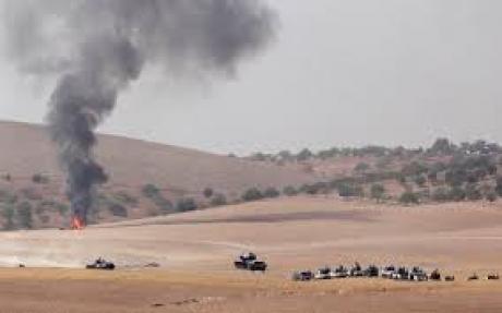 Turcia continuă OPERAȚIUNEA 'Scutul Eufratului': Zeci de tancuri au ajuns pe teritoriul sirian