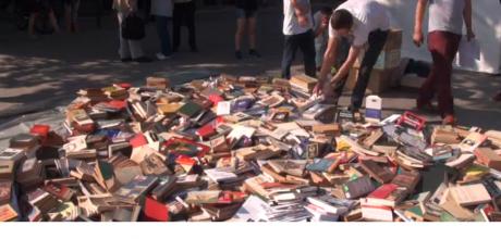 Protest în Piaţa Universităţii: Manifestaţie şi la Chişinău împotriva Ambasadorului SUA / VIDEO