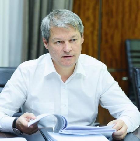Dacian Cioloș iese la rampă, după proteste: Mesajul care poate deveni SIMBOLUL mișcării