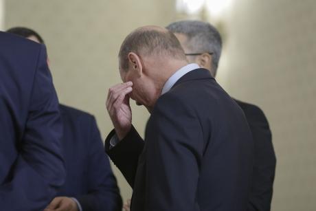 Băsescu trebuie să se aștepte la noi lovituri devastatoare