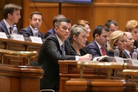Un aliat din Parlament pune condiții Guvernului Grindeanu: Premierul să se delimiteze!