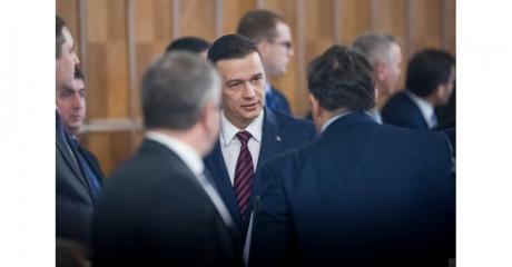 Întâlnire de urgență a premierului Grindeanu cu miniștrii la Aeroportul Otopeni