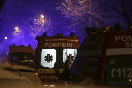 Fire ravages club in northern Bucharest; 1 person seriously injured, 37 minor injuries, no deaths
