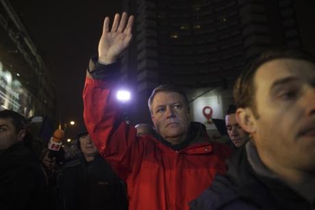 Neașteptat! Cum l-ar fi ajutat Ambasada Rusiei pe Klaus Iohannis
