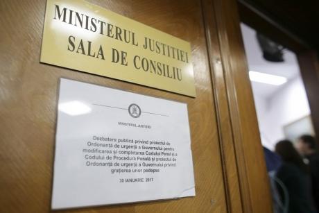 Cine îi va lua locul Oanei Schmidt Hăineală la Ministerul Justiției