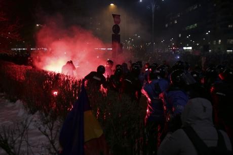 Informații de ULTIMĂ ORĂ despre persoanele reținute în cazul violențelor de la protest
