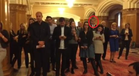 VIDEO Marian Oprişan, presiuni asupra jurnaliştilor în timpul conferinţei lui Dragnea