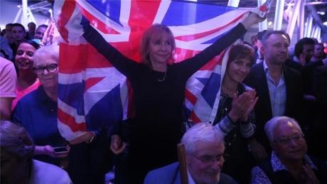 Britanicii rămân divizaţi în chestiunea Brexit-ului