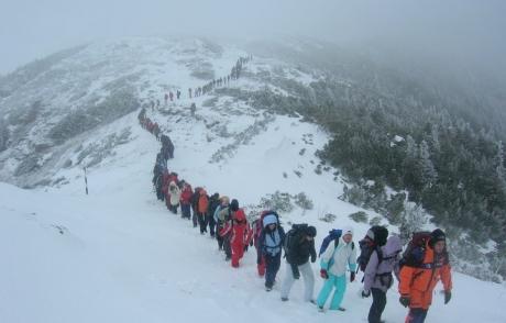 Patronul școlii de ghizi RUPE TĂCEREA în privința avalanșei din Munții Retezat
