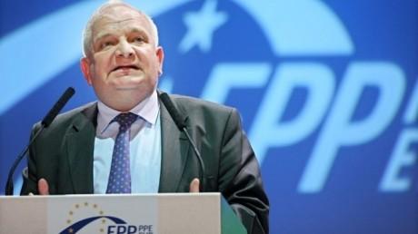 Președintele PPE 'distruge' coaliția PSD-ALDE, după modificările Codului Penal: 'Afectează lupta anticorupţie în România'