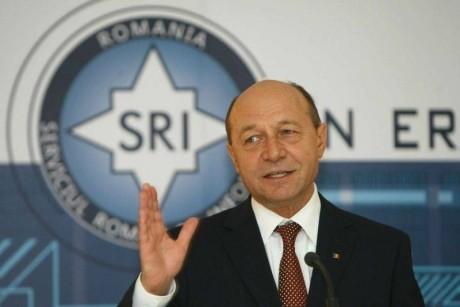 Traian Băsescu vorbeşte despre protocoalele încheiate în mandatul său: 'Ar trebui făcute publice, să ne asumăm o anumită pierdere'