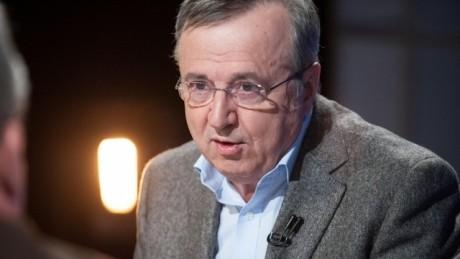 Ion Cristoiu, VERDICT TĂIOS: Klaus Iohannis e PĂRTAȘ la afacerile PUTREDE ale PNL