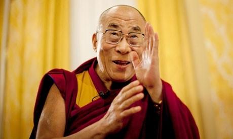 VIDEO Mantre şi învăţături de la Dalai Lama - Cum își sărbătorește liderul spiritual aniversarea a 85 de ani de viață