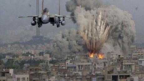 Puternic atac al armatei israeliene în Gaza. Au fost lovite complexe militare ale Hamas