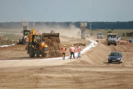 Guvernul are planuri măreţe: Investiţii de zeci de milioane de euro pentru autostrăzi