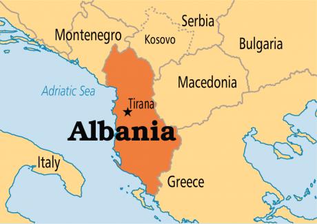 Premierul albanez, Edi Rama, pledează la Berlin pentru aderarea ţării sale la UE şi îi denunţă pe investitorii în radicalizare
