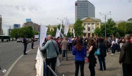 România, în zodia protestelor: Oamenii ies din nou în stradă în fața Guvernului