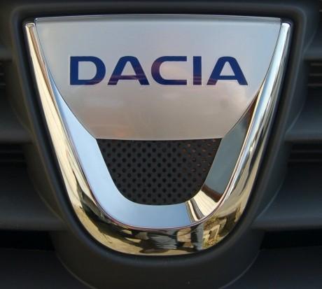 Francezii au dezvăluit cum va arăta noua Dacia Sandero. 'Va fi starul anului 2019'/ FOTO