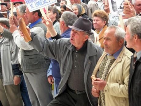 Legea pensiilor: Guvernul cedează! Ministrul Muncii anunță că PSD va negocia cu UDMR
