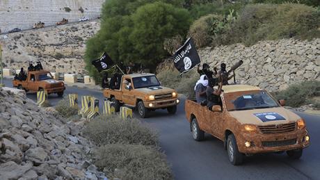 Forţele Democratice Siriene au încercuit ultima redută a grupării Stat Islamic