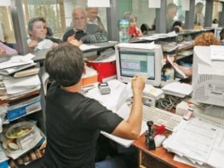 Vestea ZILEI pentru bugetari - Minivacanța din august s-ar putea  MĂRI cu o zi