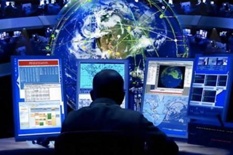 Guvernele ar trebui să-și digitalizeze informațiile pentru a-și spori eficiența, consideră experții în tehnologie