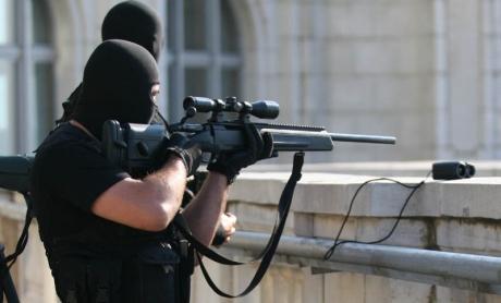 Un american a fost inculpat la New York pentru că ar fi fost 'sniper' pentru gruparea Itat Islamic
