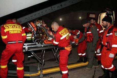 Accident grav de muncă: un muncitor a căzut de la circa 10 metri și și-a fracturat coloana vertebrală