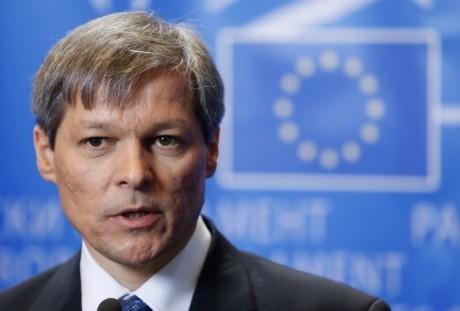 Vicepreşedinte al Parlamentului European, replică dură pentru Cioloş: 'Guvernul Dvs a patronat oficializarea implicării serviciilor în anchetele judiciare'