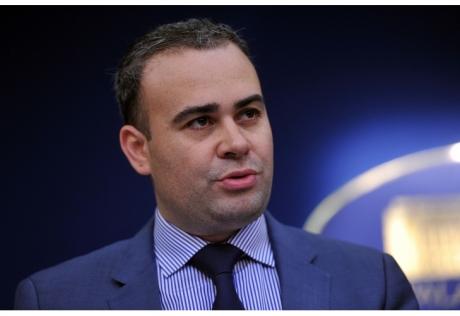 SURPRIZĂ 'Călăul' Guvernului Grindeanu, 'angajat' la Camera Deputaților
