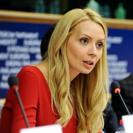 Daciana Sârbu alege să își urmeze pasiunea: Se specializează în alimentație, gastronomie şi filozofia gustului