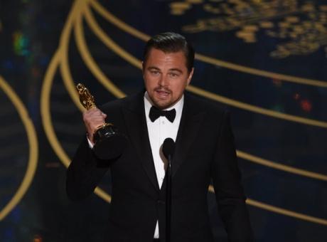 Situație fără precedent: Leonardo DiCaprio, OBLIGAT să returneze un premiu Oscar