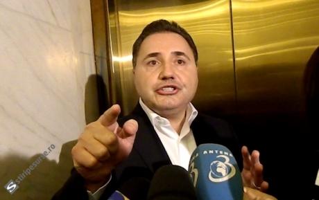 Igor Dodon spune că urmează să îi retragă cetățenia lui Cristian Rizea, doar că așteaptă o notă informativă