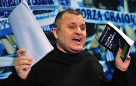 Adrian Mititelu spune că a pierdut la ÎCCJ numele Universitatea Craiova; Rotaru: Mititelu a pierdut marca cu leul