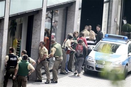 Un român a luat ostatică o femeie într-o închisoare din Germania - Trupele speciale au intervenit în forță