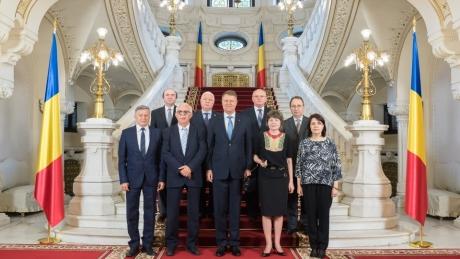 CCR îi dă dreptate lui Klaus Iohannis: Modificarea legii privind bunurile proprietate publică e NECONSTITUȚIONALĂ
