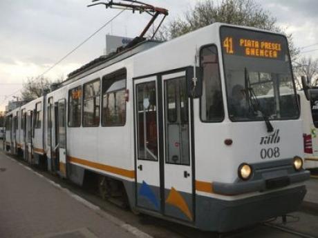 Anunț IMPORTANT pentru bucureșteni! Tramvaiul 41, cel mai folosit mijloc de transport de suprafaţă, va fi deviat până în vara anului viitor