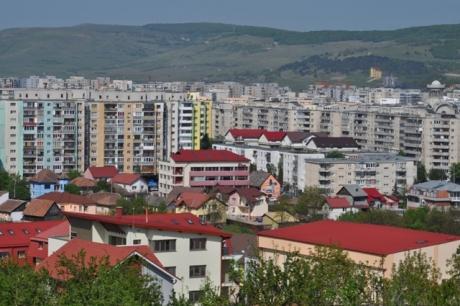 Puțini știu, TOȚI riscă amenzi! Românii care locuiesc la bloc au acestă OBLIGAȚIE