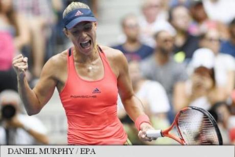 Angelique Kerber s-a calificat în turul trei la turneul Australian Open, după o victorie cu Haddad Maia, scor 6-2, 6-3