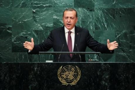 Recep Erdogan despre atentatul din noudul Siriei: 'Din informaţiile pe care le am, au murit cinci militari americani; în total sunt 20 de morţi'