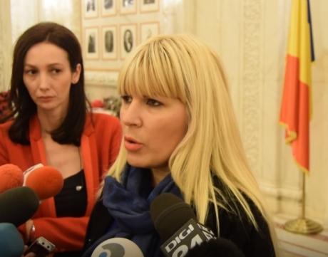 Prima declaraţie a Elenei Udrea după ce a născut: ' Aproape nu înțelegeam că deja se născuse'