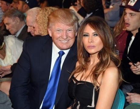 Donald şi Melania Trump, John Travolta, Bruce Willis se numără între nominalizaţii la premiile Zmeura de Aur